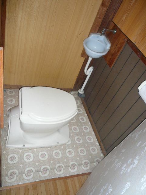 トイレ汲み取り