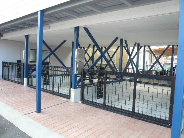 ガレージ車庫